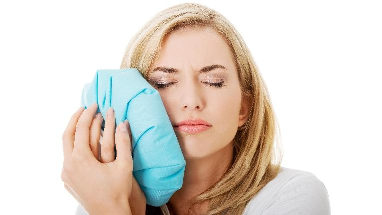 Emergency Dentist in West Chester OH | Woman with Toothache